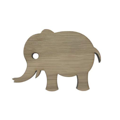 Elefant knage på væg i et drengeværelse
