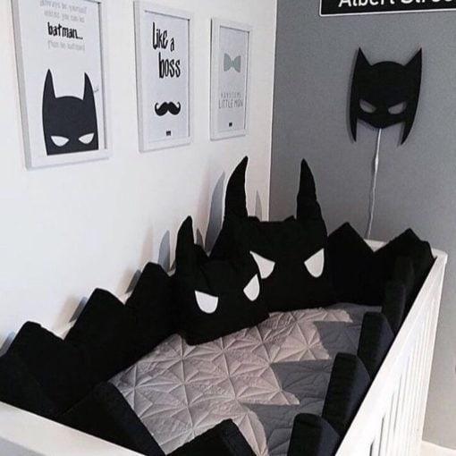 baby seng med maske lampe i sort