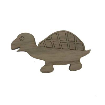 børneknage formet som en skildpadde, bruges til indretning af børneværelse