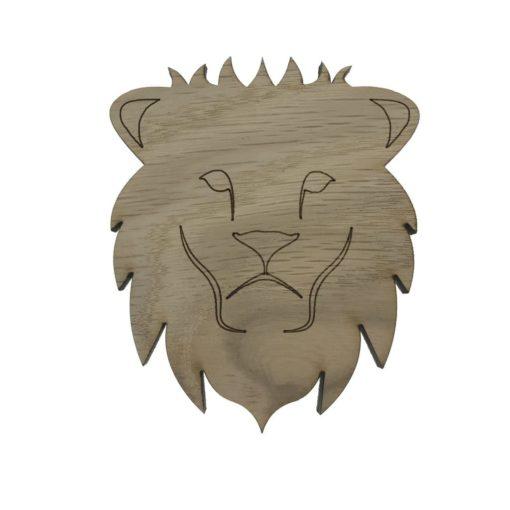 Stolt løve lavet som en knage til drengeværelse, børneknage