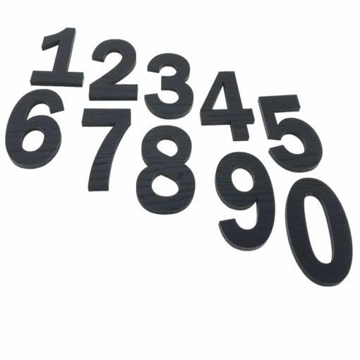 10 cm høje sorte tal til væggen i egetræsfiner