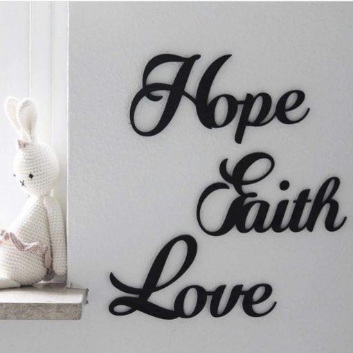 Sød tekst til væggen på den lille piges værelse