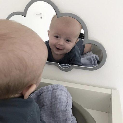 Hygge og nakketræning med sky spejl