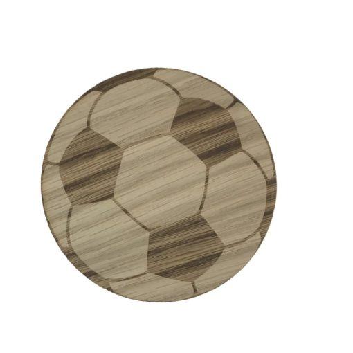 Børneknage formet som en fodbold med graveret detaljer