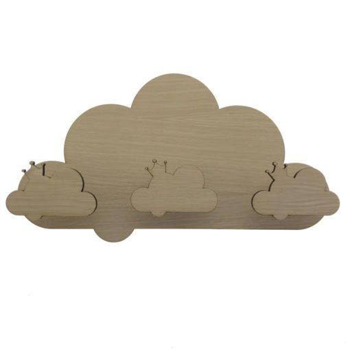 Smuk knagerække formet som en sky med 3 fronter på til børneværelse