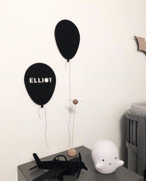 Smuk filt ballon med navn elliot i sort