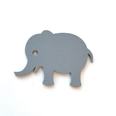 Elegant elefant wood sticker i 3 mm grå malet træ