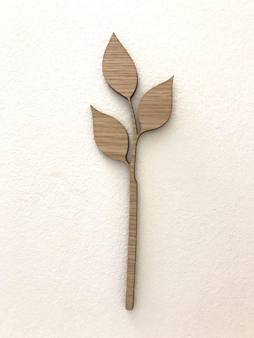Smuk gren med 3 blade på væg