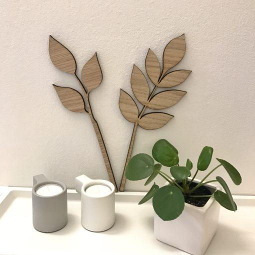 Opsætning på væg med flere grene i egetræ