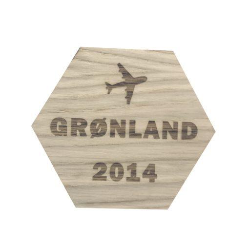 Design plade med fly grøndland og 2014