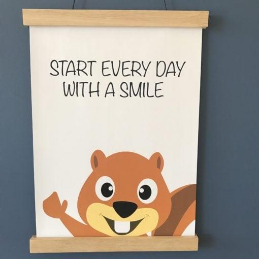 Start every day with a smile egern plakat til drengeværelse