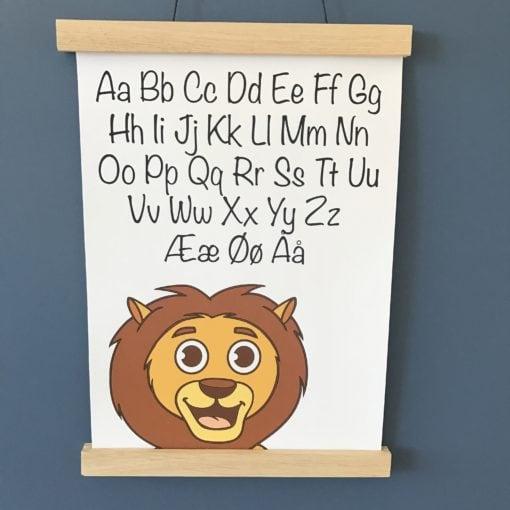 Alfabet plakat med løve til drengeværelse