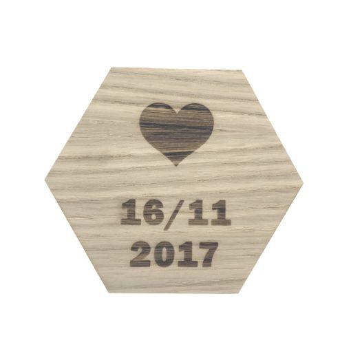 Design plade med hjerte og dato