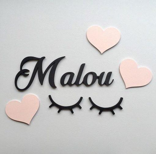 Hjerte decor med navn på væg