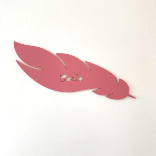 Fjer navneskilt til pigeværelse - lyserød akryl