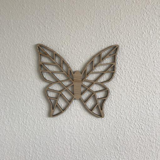 Geometric sommerfugl med fuld krop i træ