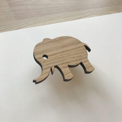 Elefant greb til børne møbler