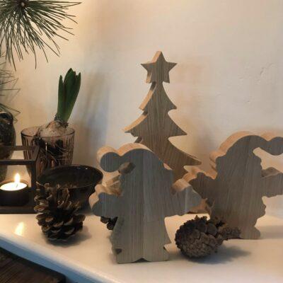 Julepynt sæt, nisser samt træ i egetræ
