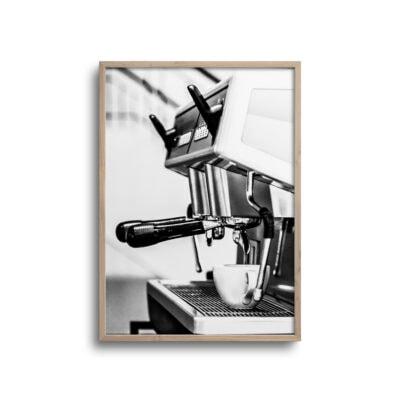 plakat af kaffemaskine ekspresso i sort og hvid