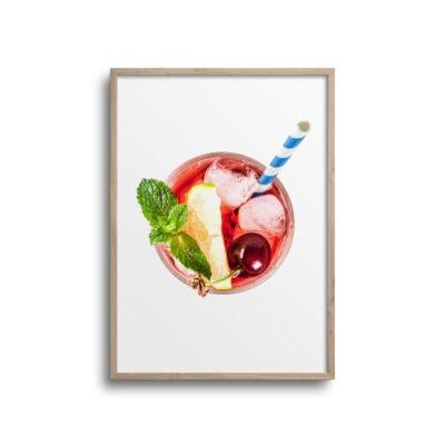 plakat med rød drink isterninger og sugerør