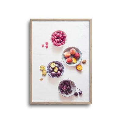 flatlay plakat af frugter i skåle