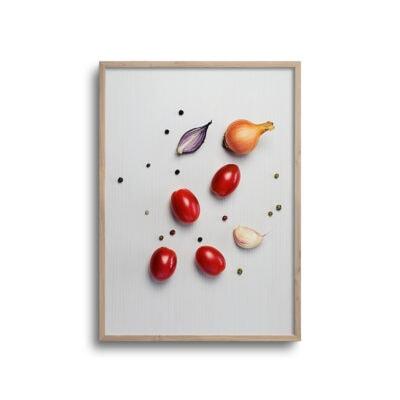 flatlay plakat af tomater og løg