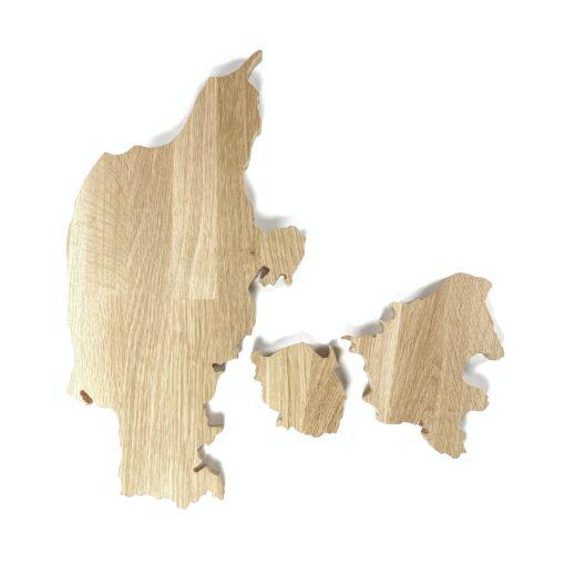Nøgleholder træ på væg formet som kort over danmark